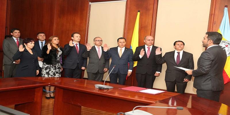 Tomaron posesión los nuevos magistrados del Tribunal Administrativo de Cundinamarca copia