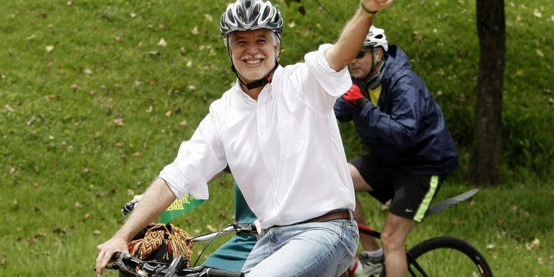 Peñalosa invitó a las empresas privadas a promover el uso de la bicicleta en Bogotá2