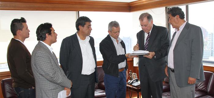 Sector camionero solicitó al PGN ser garante del cumplimiento de los acuerdos alcanzados con el Gobierno Nacional