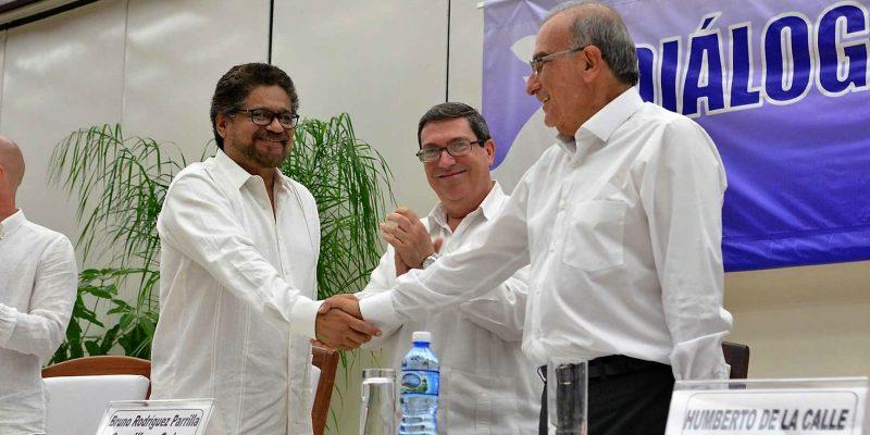 Gracias a ustedes colombianos hoy podemos decir que se acabó la guerra