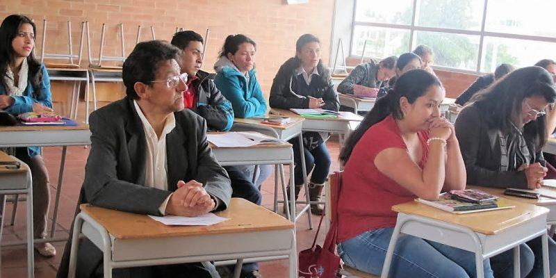 Con programa de inglés social gratuito y certificado cajiqueños mejoran su calidad de vida