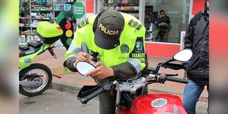 En Zipaquirá autoridades marcan motocicletas para prevenir el robo y venta de partes