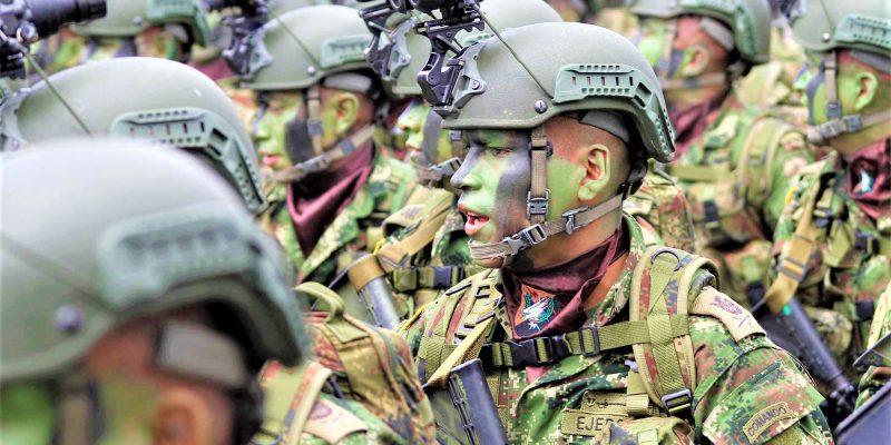 Habitantes del centro del país acompañaron desfiles militares de la Brigada XIII durante el 20 de julio