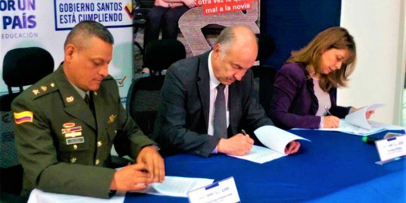 Firmado convenio para mejorar condiciones de vejez de los reclusos