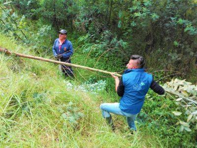 En Cucunuba evitan desbordamientos con la limpieza de Quebrada San Isidro
