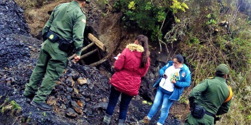 Autoridades suspenden extracción de carbón en una mina ilegal a las afueras de Zipaquirá