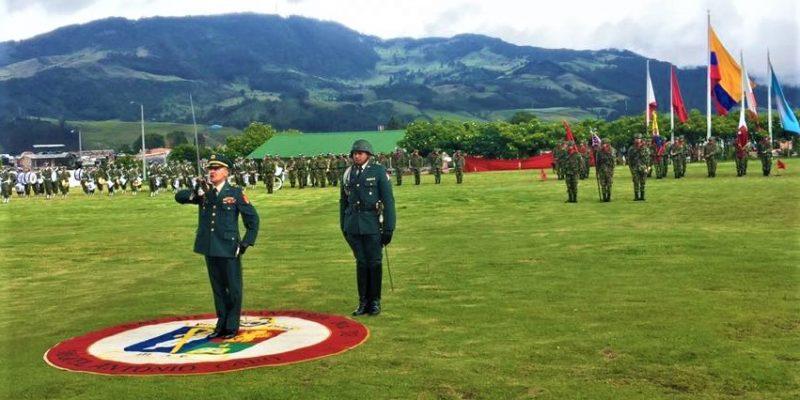 Cambio de mando en el Batallon de Infanteria Miguel Antonio Caro en Cundinamarca