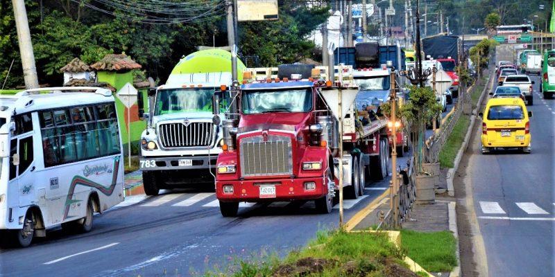 Desde este miercoles 1 de agosto restriccion estricta para trafico pesado en Chia