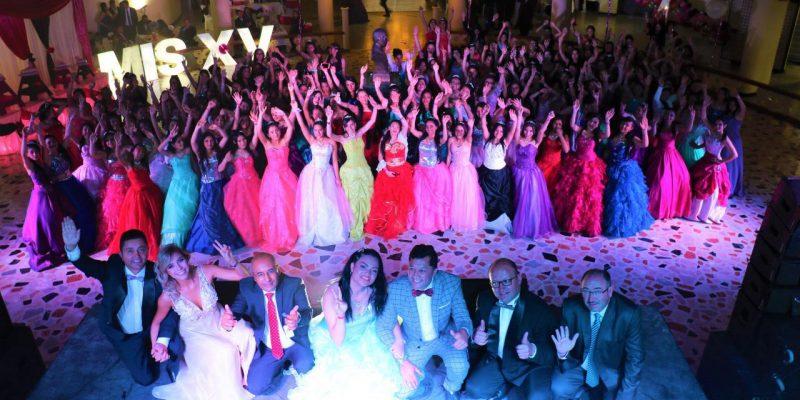Una celebracion 155 quinceaneras