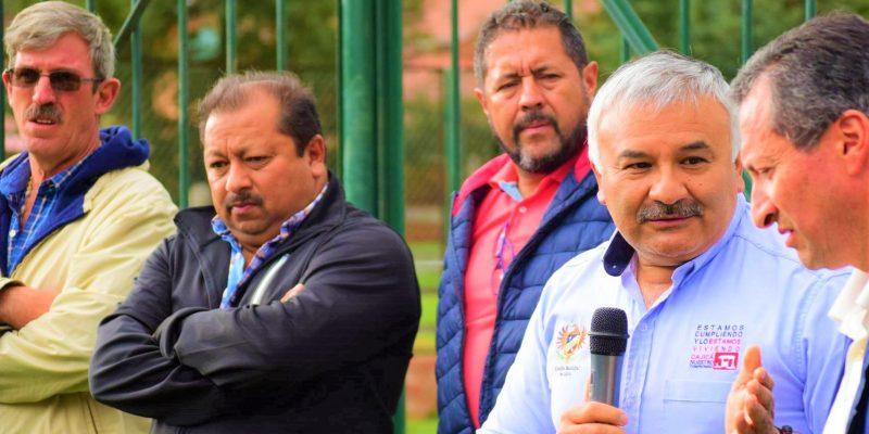 Diaz Canasto socializo obras de rehabilitacion y pavimentacion de vias en el sector Santa Ines