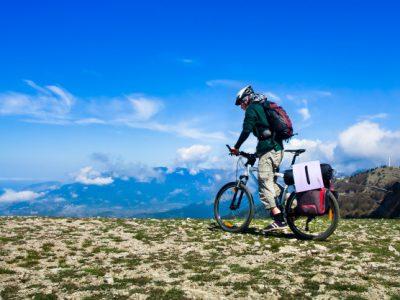 hombre andar bicicleta 130291 1061