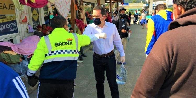 Embajador de Guaido gestiona regreso de venezolanos a su pais que estan en Chia