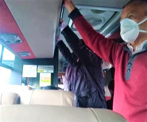 De Zipaquira estan saliendo los buses con el cupo lleno