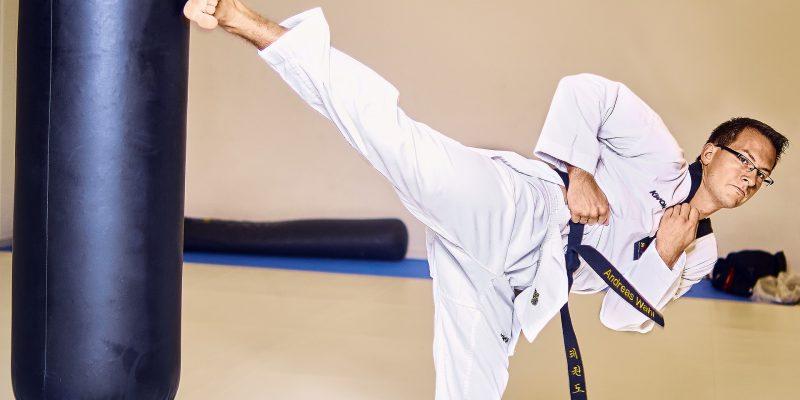En tres campeonatos virtuales de Taekwondo competira Chia2