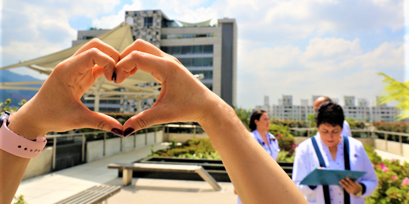 47 anos de la Fundacion Cardioinfantil Siempre daremos el 110 en atencion