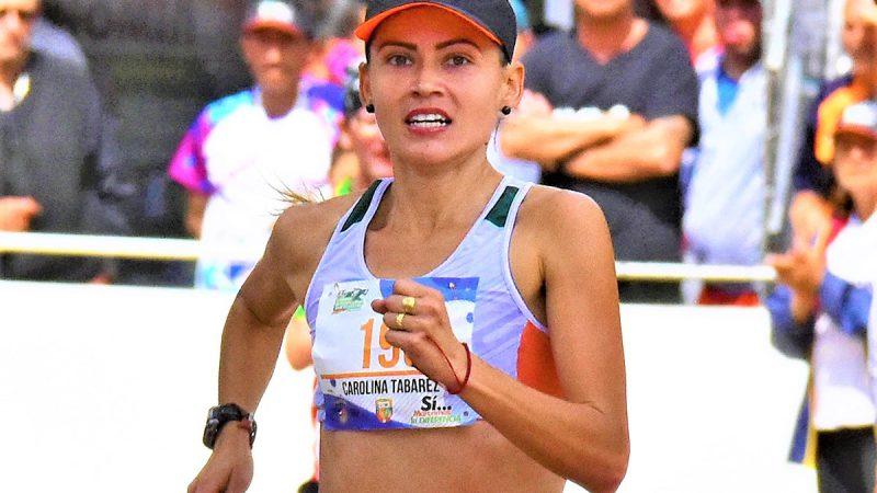 Carolina Tabares por la defensa de su titulo en la San Silvestre de Chia