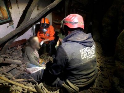 Colapso del techo de una vivienda causa emergencia en Zipaquira