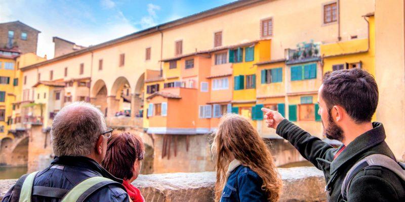 Guias turisticos los mejores embajadores de sus regiones y del pais